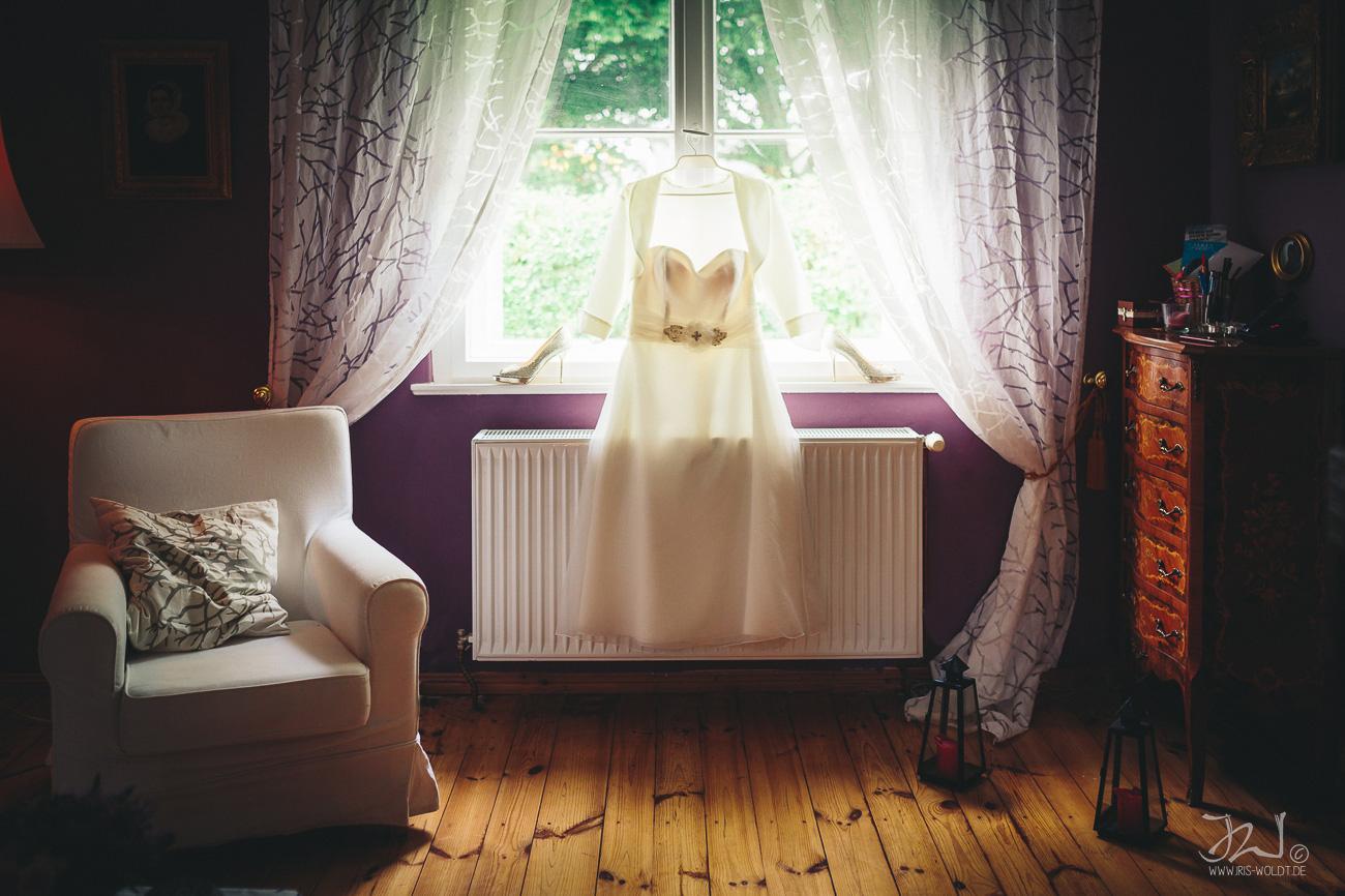 0008_Hochzeitsfotograf_Potsdam_Gut_Schloss_Golm_IrisWoldt9