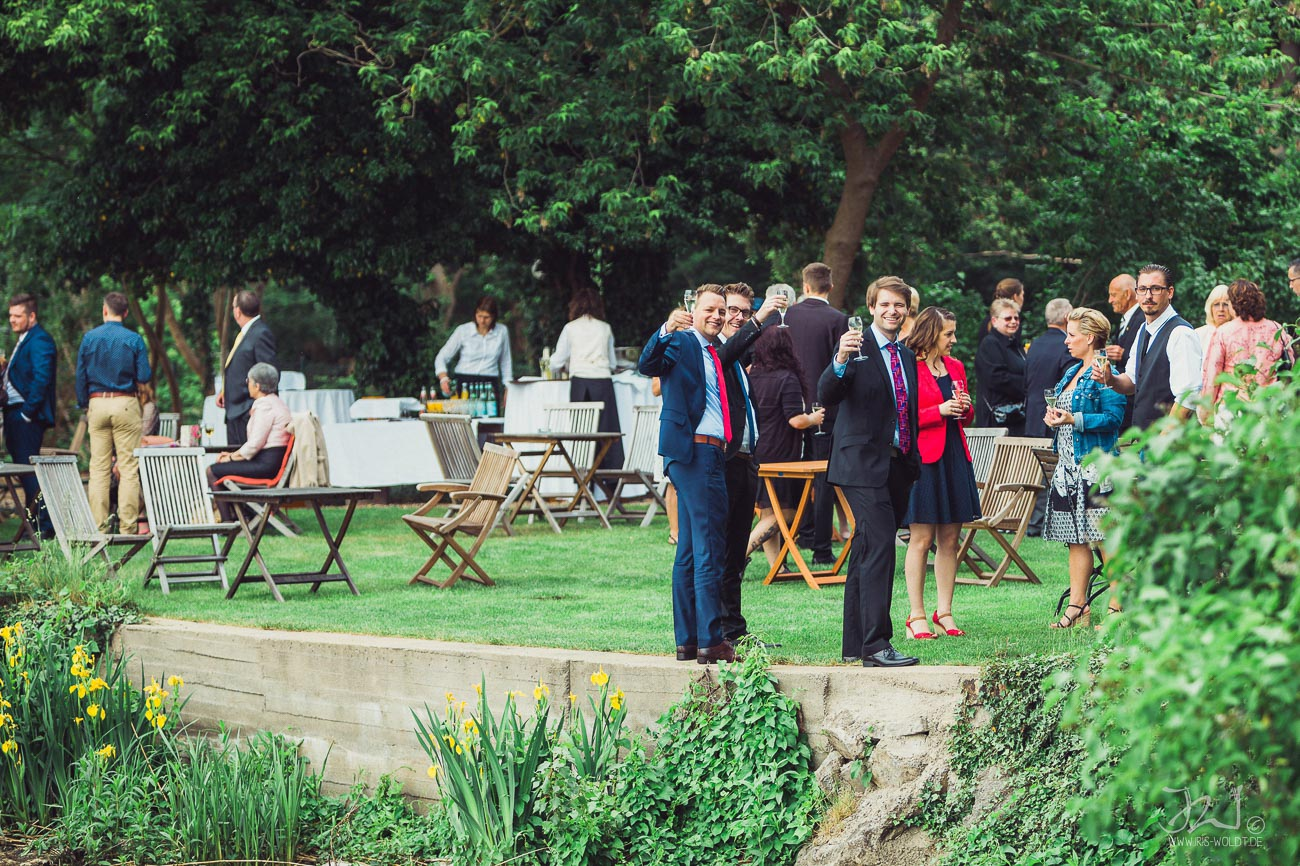 0030_Hochzeitsfotograf_Potsdam_Gut_Schloss_Golm_IrisWoldt31
